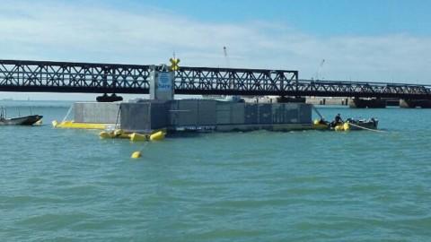 Mise à l'eau réussie du prototype houlomoteur Hace.