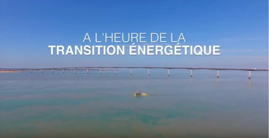 Hace capte la puissance des vagues et produit de l'énergie propre à prix compétitifs